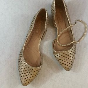 Lane Bryant Gold Pointed Toe Cutout Flats